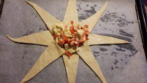 Kom lidt æggekage i midten af stjernen.